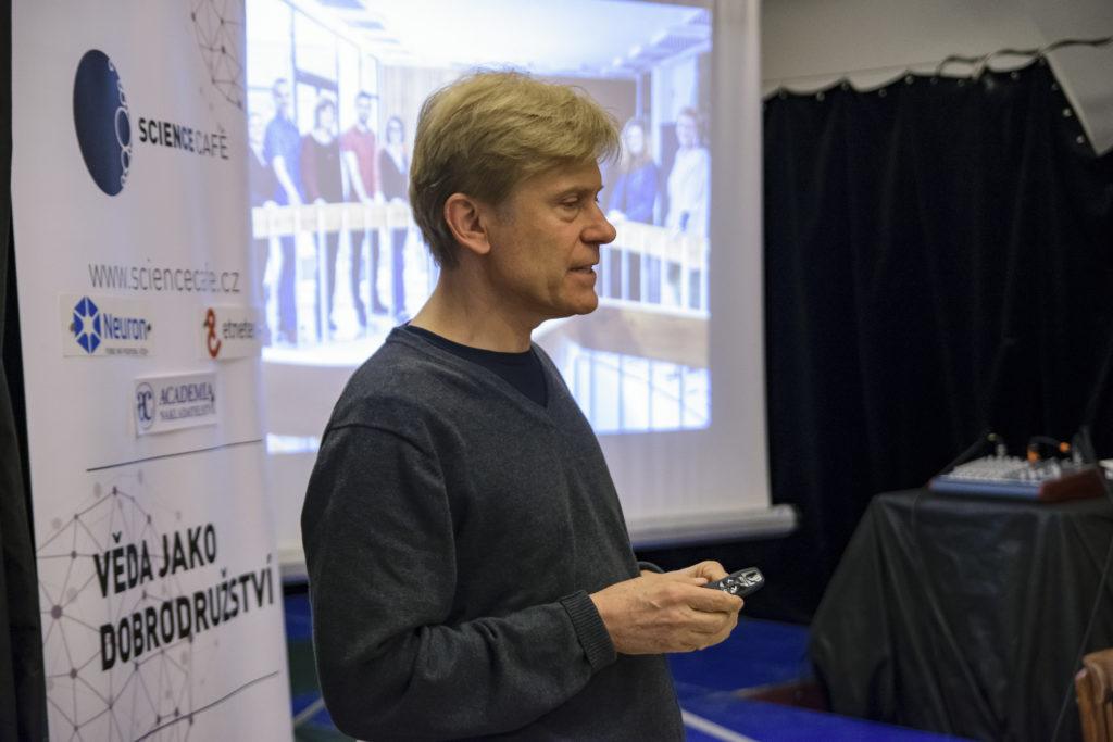 Přednáška Michala Sedláčka v Science Café Brno