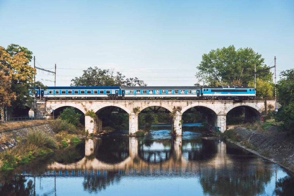 Průzkum parkovišť u jihomoravských nádraží pomůže s územním plánem