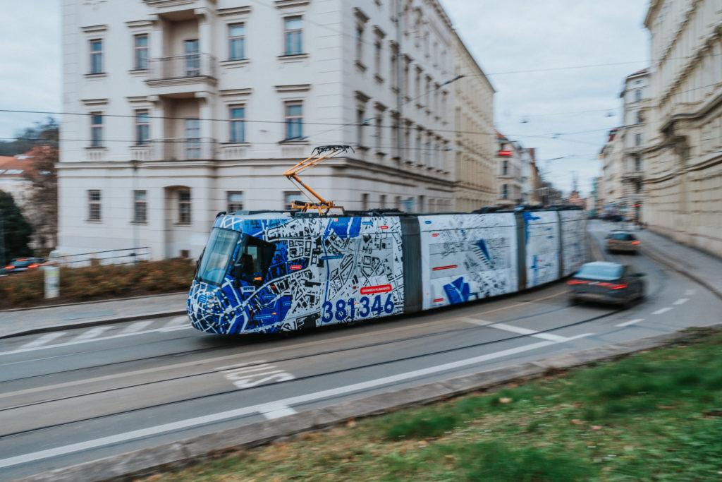 KAMtram jede k vám! Pojízdná výstava územního plánu vyrazila do ulic Brna