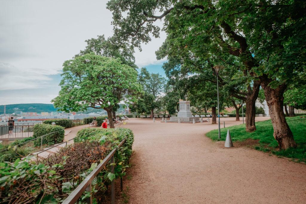 Denisovy sady jsou jednou z nejvýznamnějších ploch městské zeleně